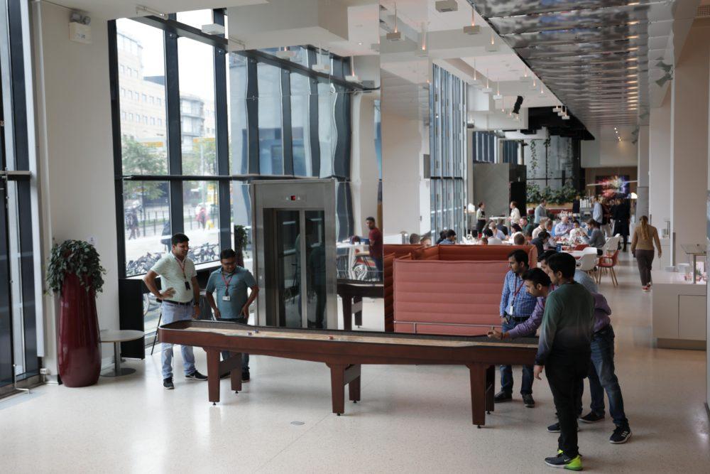 SHUFL shuffleboard office